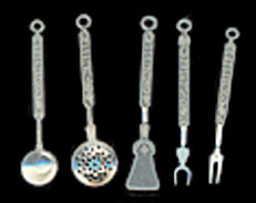 1/2in Scale Silver Cooking Utensils