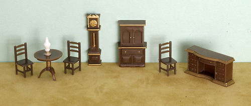 1/4 Inch Scale Dining Room Set Plastic 8pc